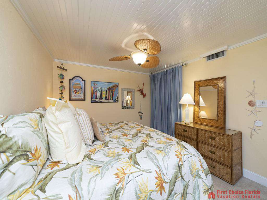 Captains Quarters - Guest Bedroom