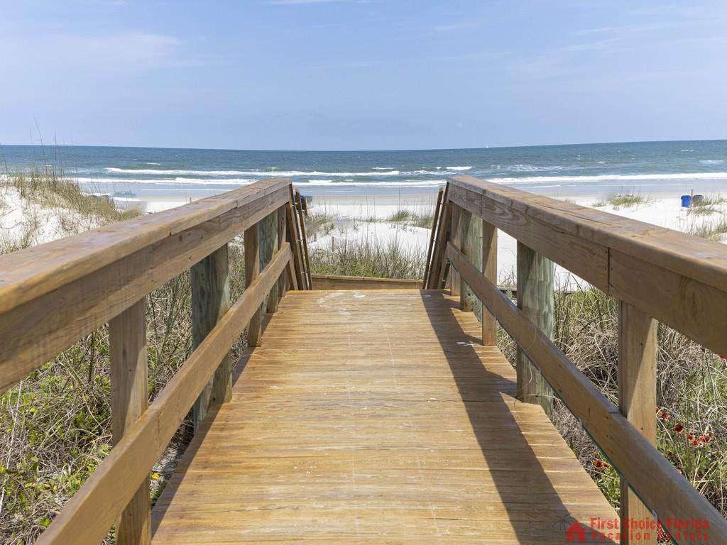 Captains Quarters Boardwalk to Beach