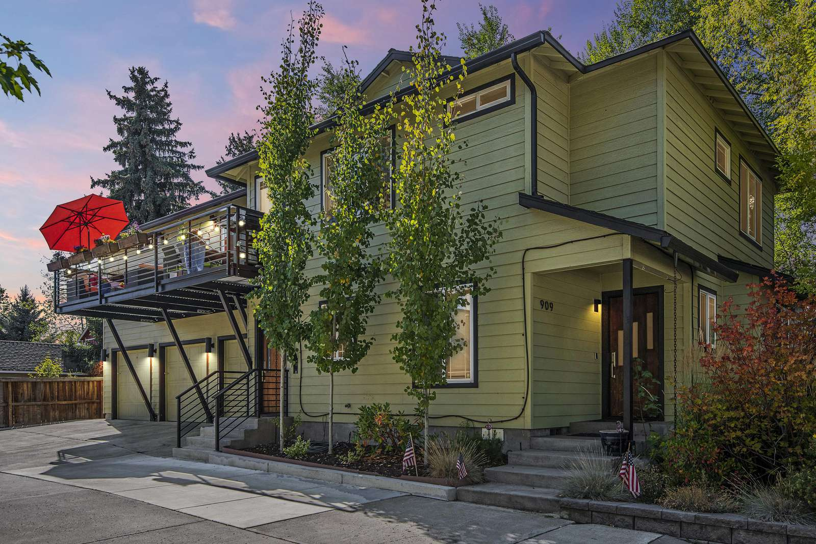 The Sweet Spot in the best downtown Bend neighborhood - property