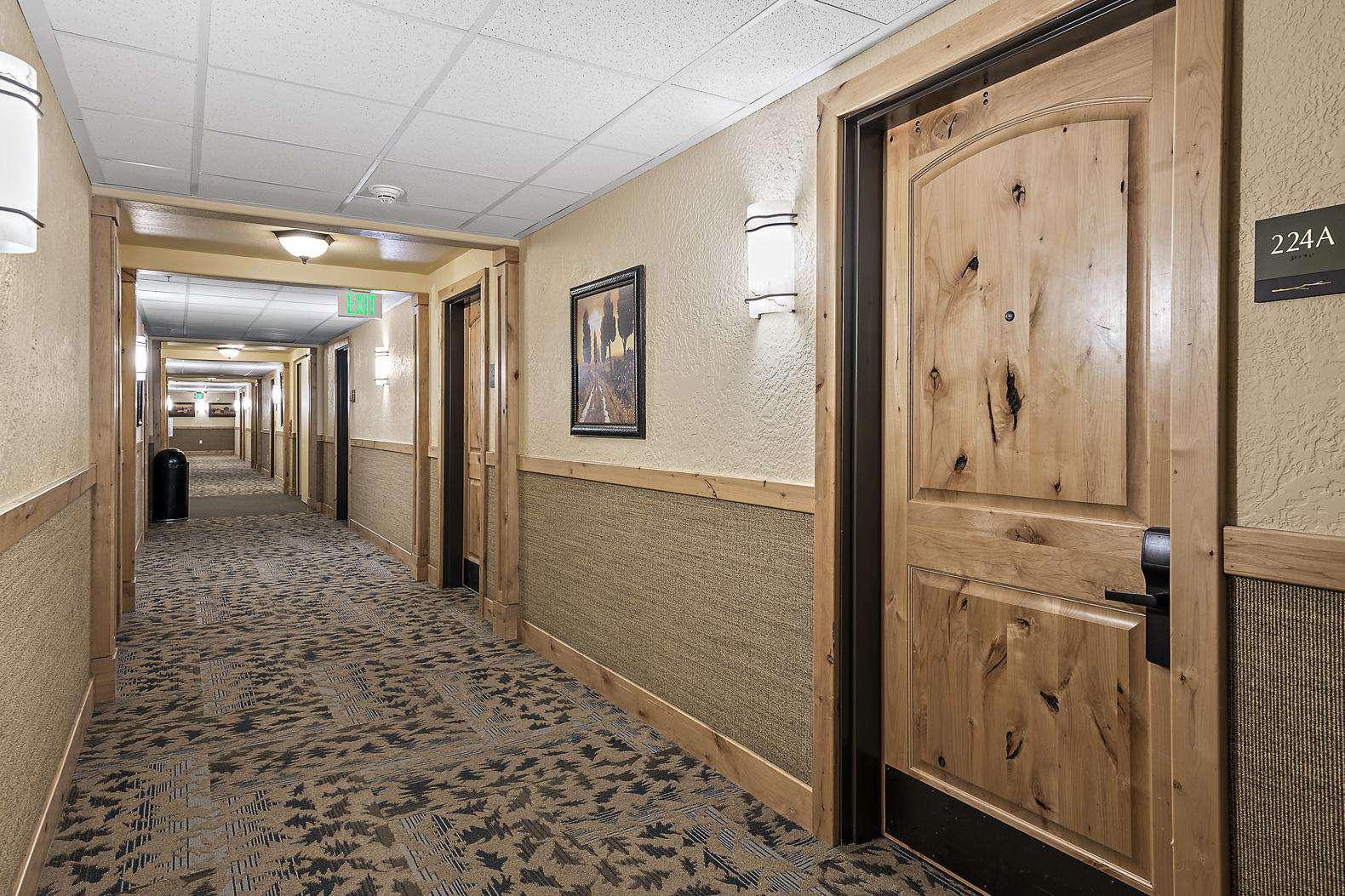 Private entrance hallway