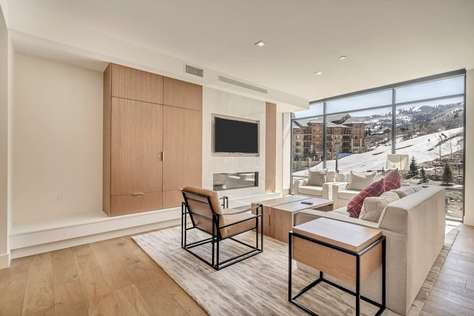 The Lift Park City/Canyons Ski-in/Ski-out Mod Luxe 2 BEDROOM