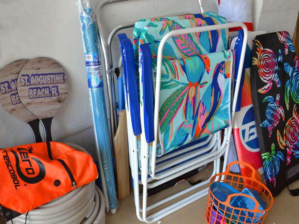 Purple Pelican - Beach Accessories