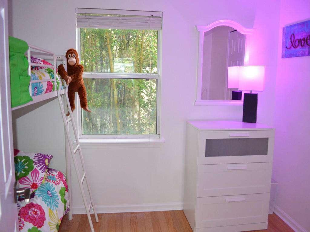 Purple Pelican - Guest Bedroom Bunks