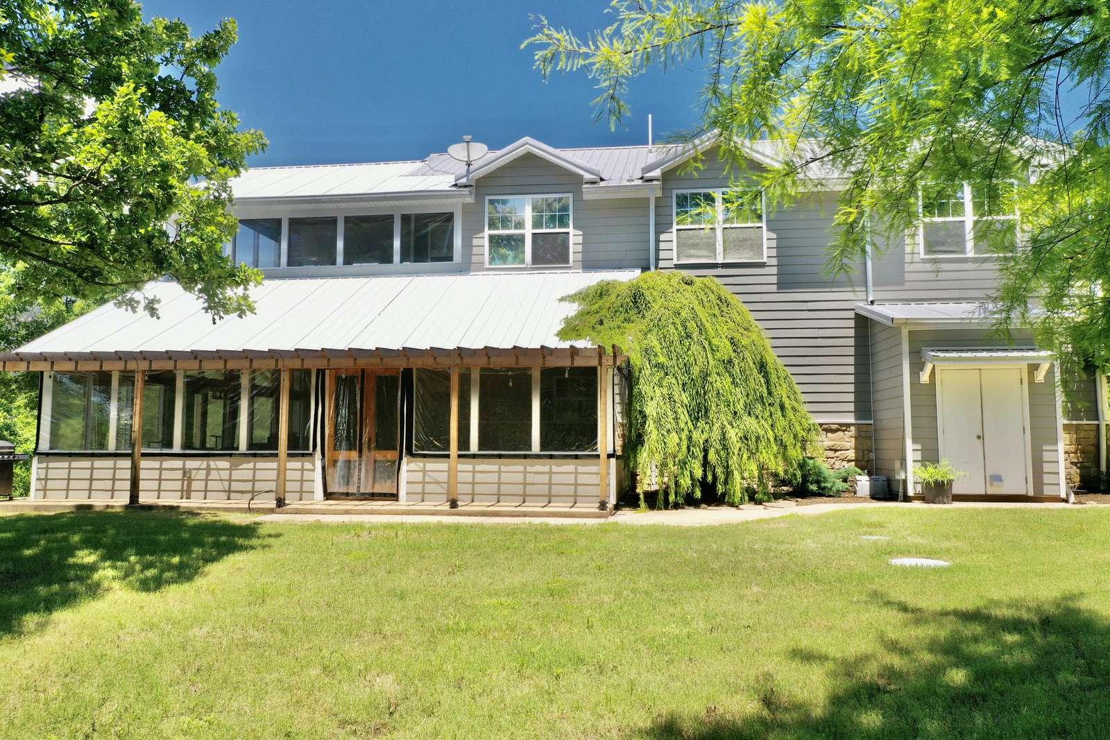 Gray Goose Manor - property
