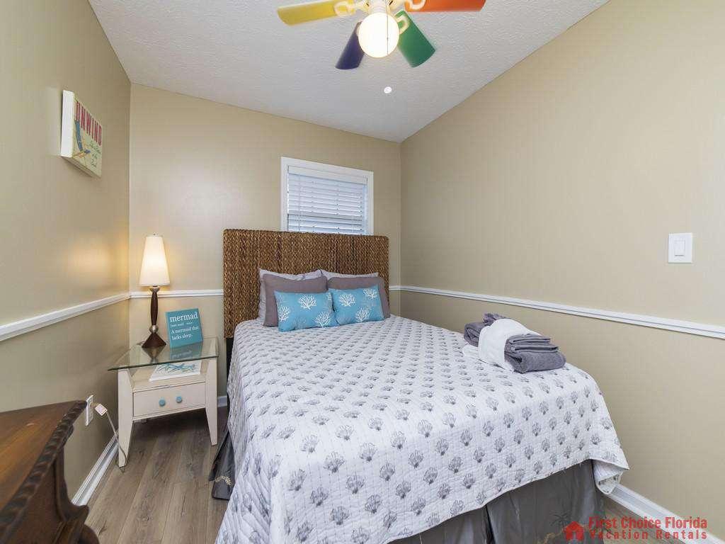 Sandy Feet Retreat - Guest Room Queen Bedroom