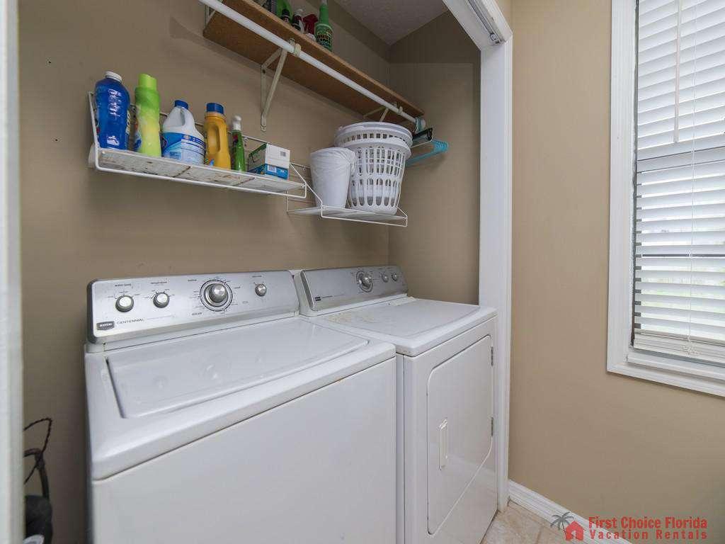 Sandy Feet Retreat - Washer and Dryer First Floor