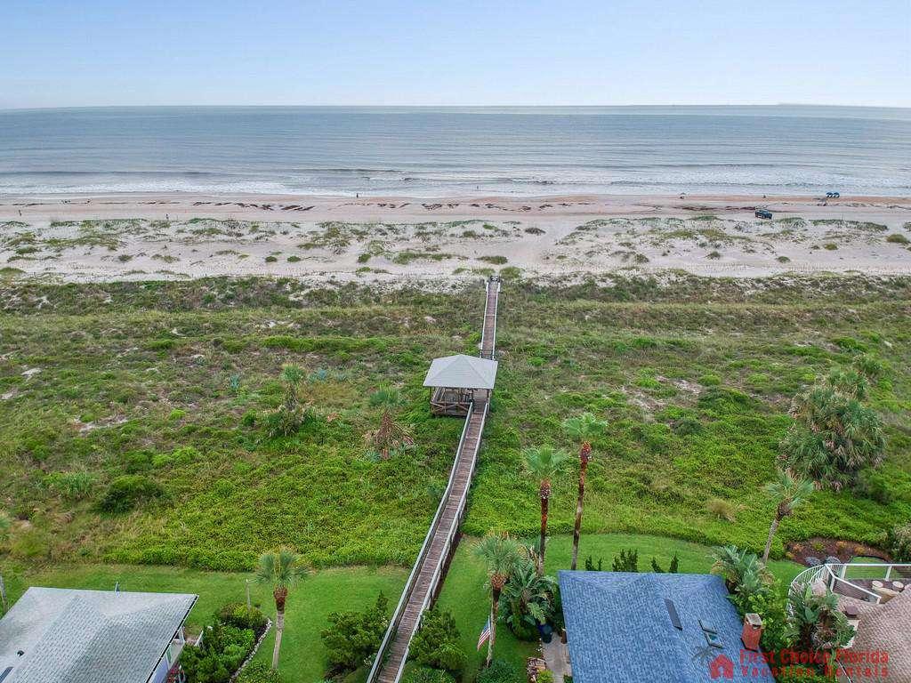 Sandy Feet Retreat - Aerial Beach Access