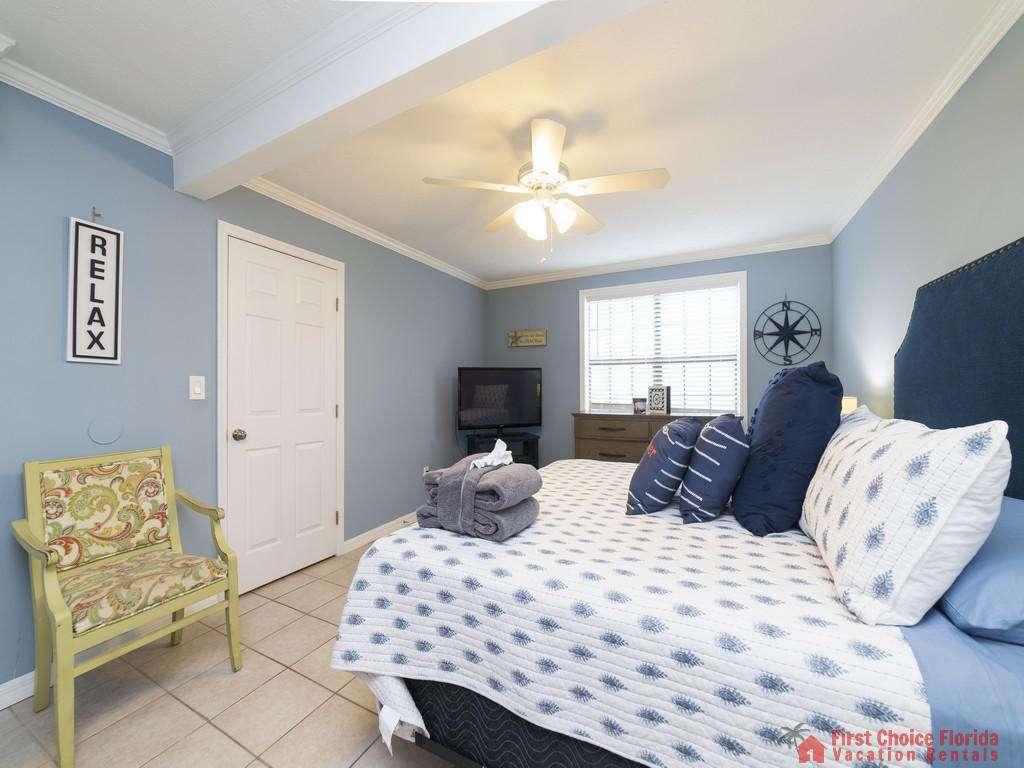 Sandy Feet Retreat - Primary Bedroom First Floor