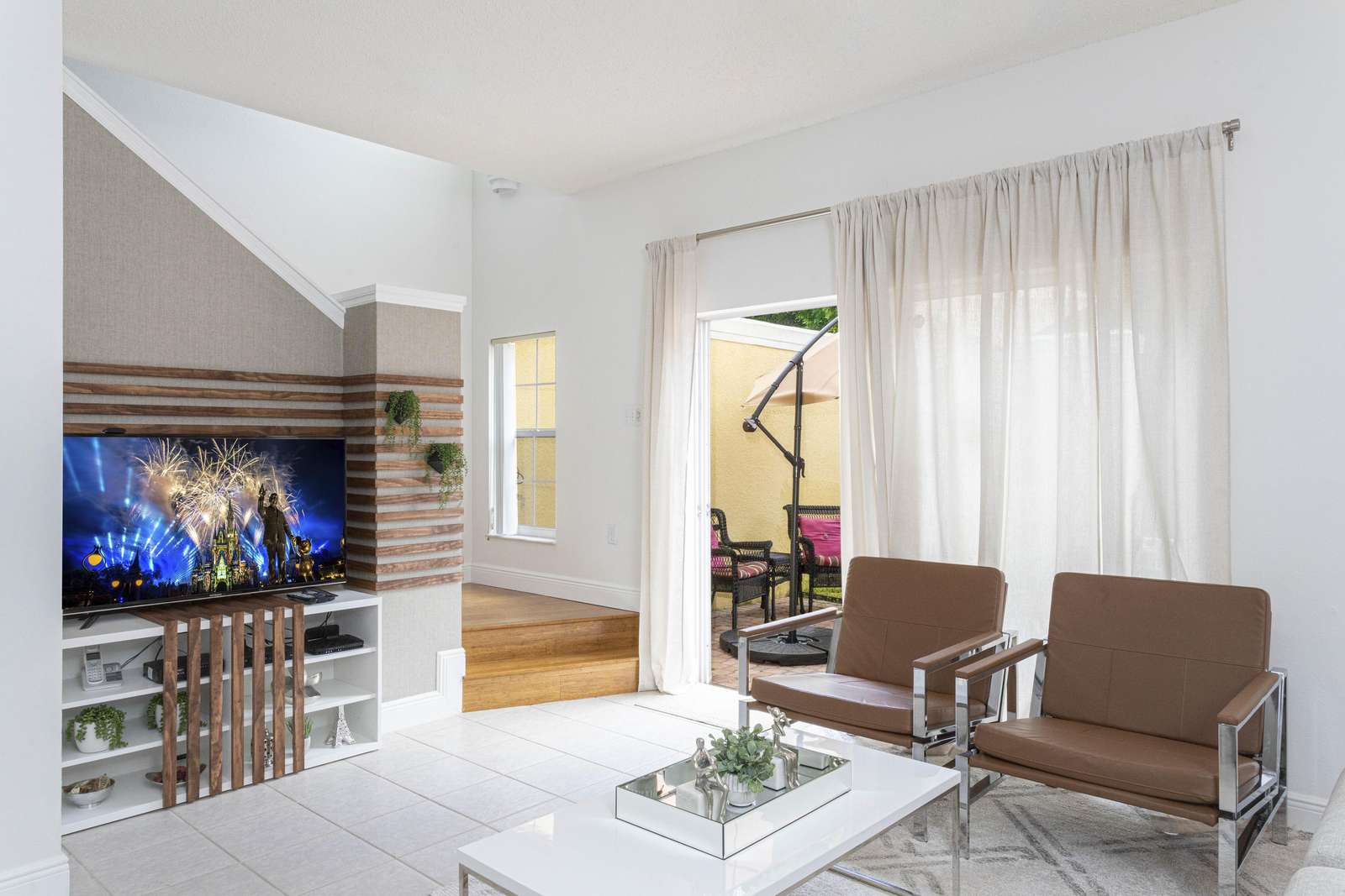 Living room - property