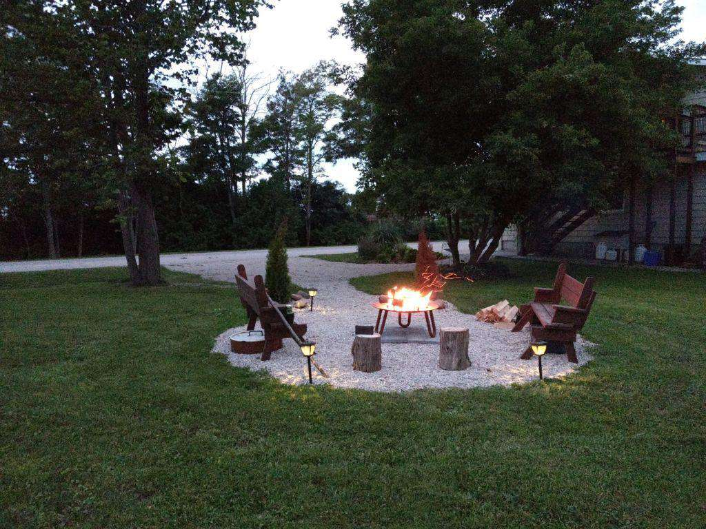 Firepit, play area & parking