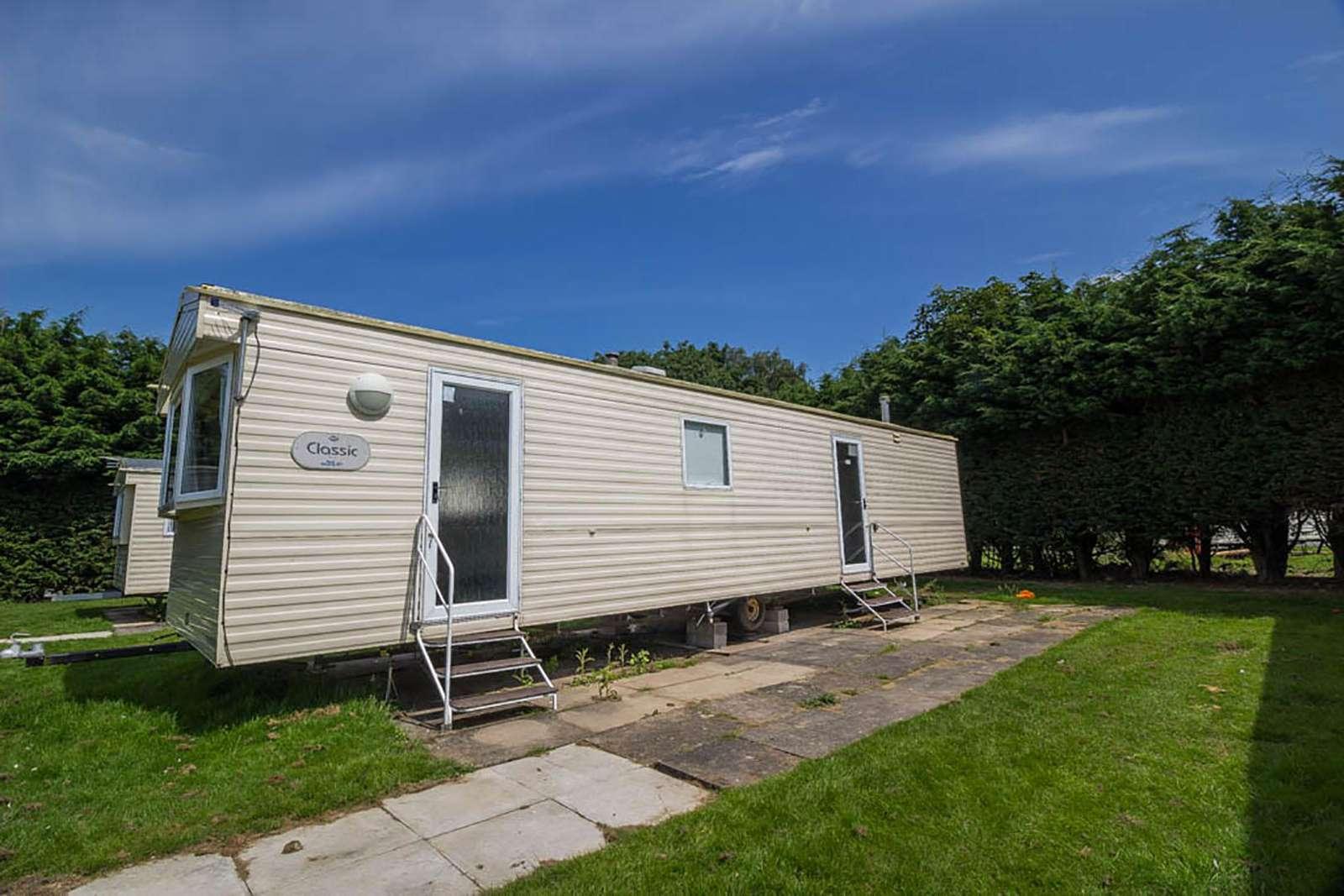 33097F – Firs area, 3 bed, 8 berth caravan. Emerald rated. - property