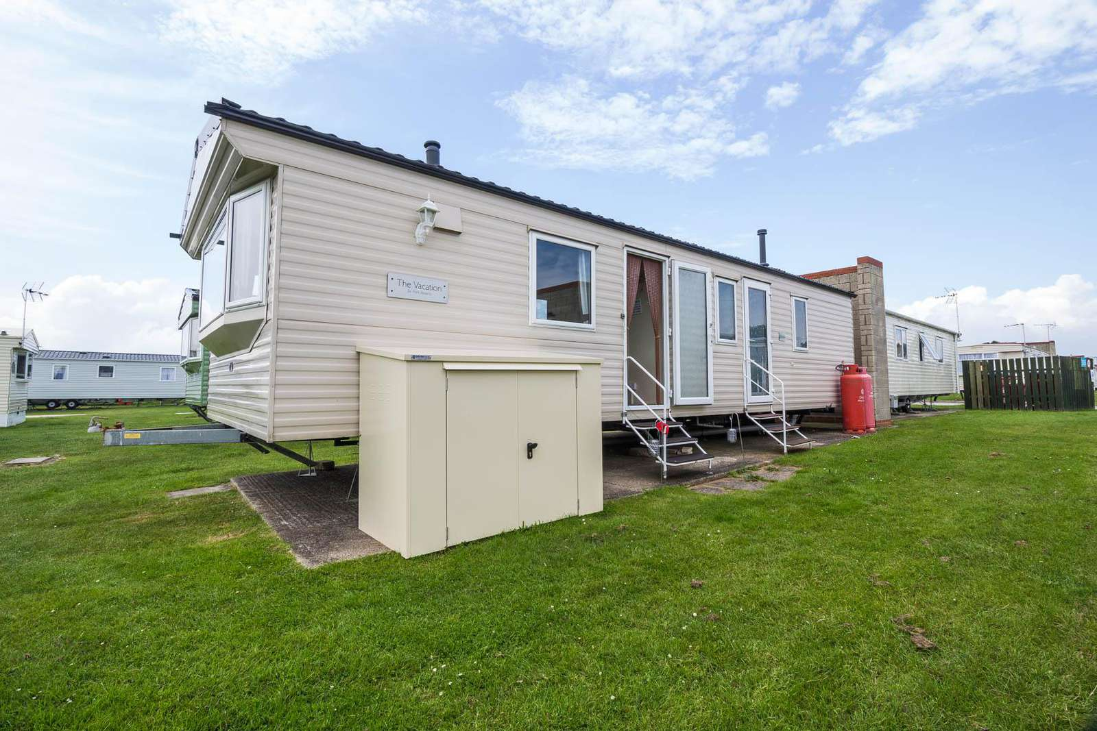 17003C – Conifers area, 2 bed, 6 berth caravan with double glazing. Emerald rated. - property