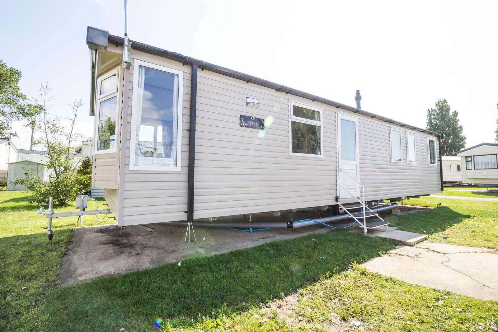 17014CC – Chorley Close area, 3 bed, 8 berth caravan. Diamond-Plus rated. - property