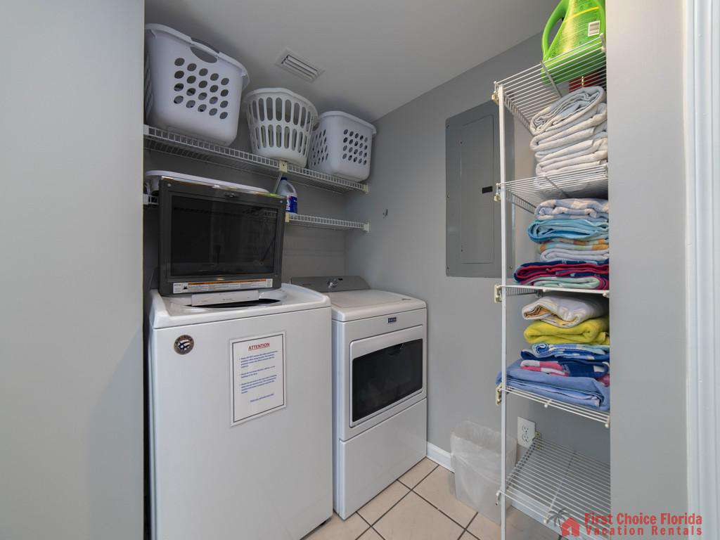 Sea Renity Washer and Dryer