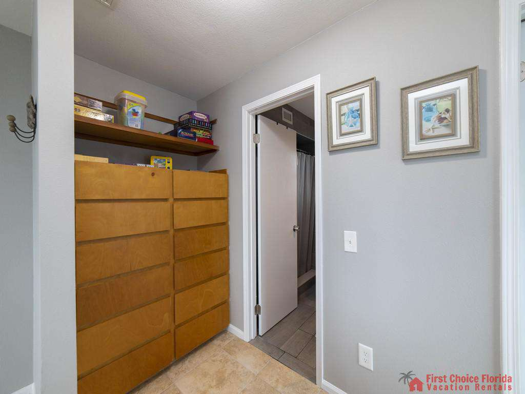 Sea Renity Closet Space