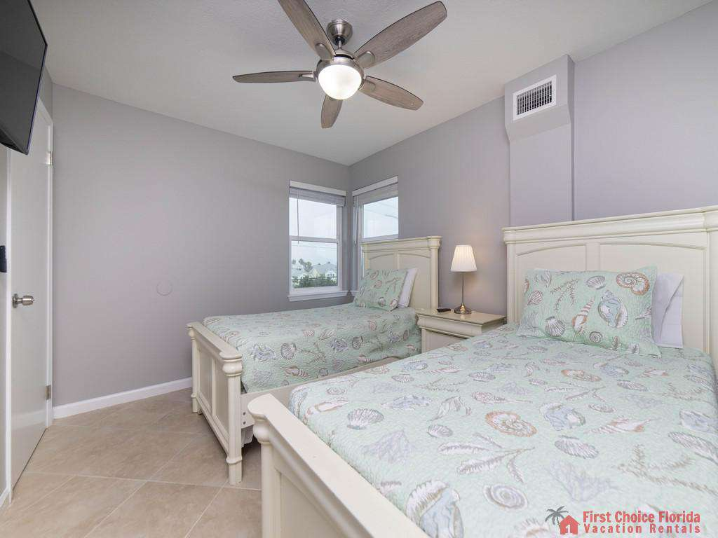 Sea Renity Twin Beds with Fan