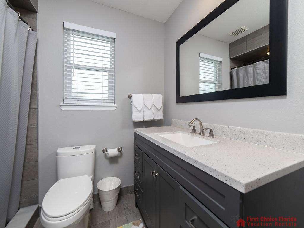 Sea Renity Bathroom with Vanity