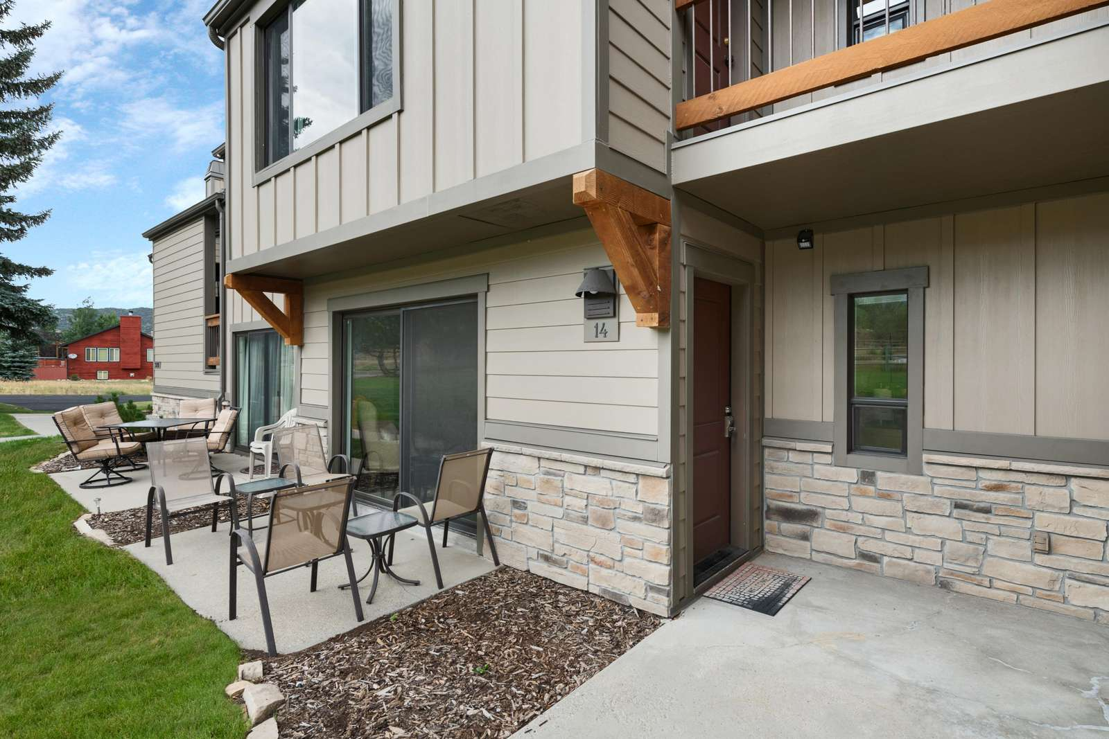 Front Entrance & Relaxing Patio
