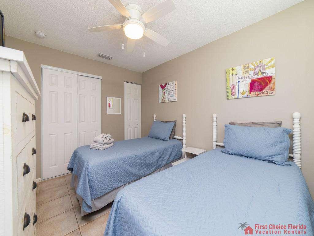 Island Retreat Unit D Bedroom Beds