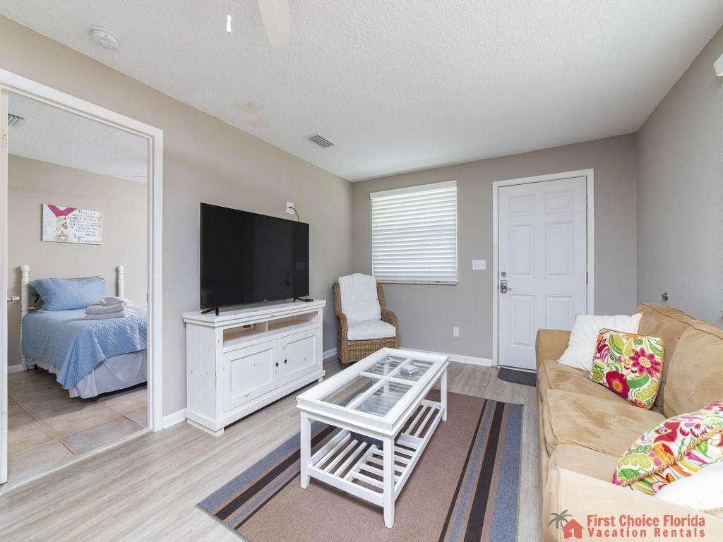 Island Retreat Unit D Living Room to Bedroom