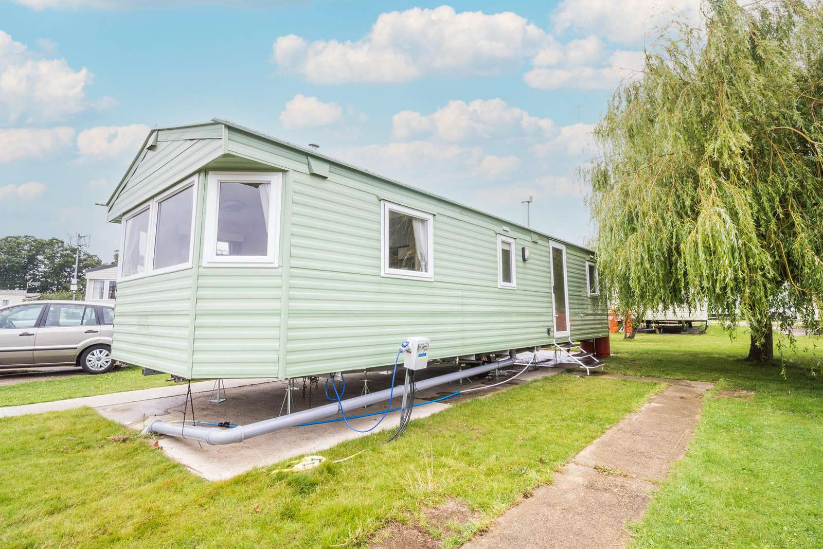 26340E – Evergreen, 3 bed, 8 berth caravan with free unlimited WiFi. Ruby rated. - property