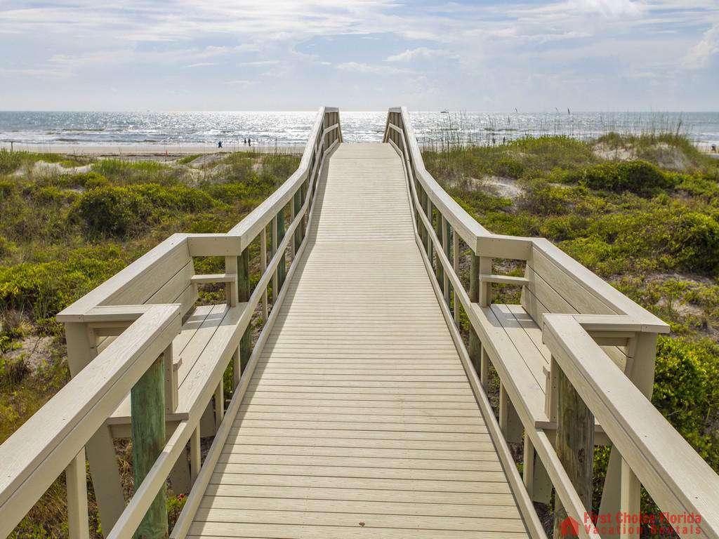 Anastasia Condo - Boardwalk Seating