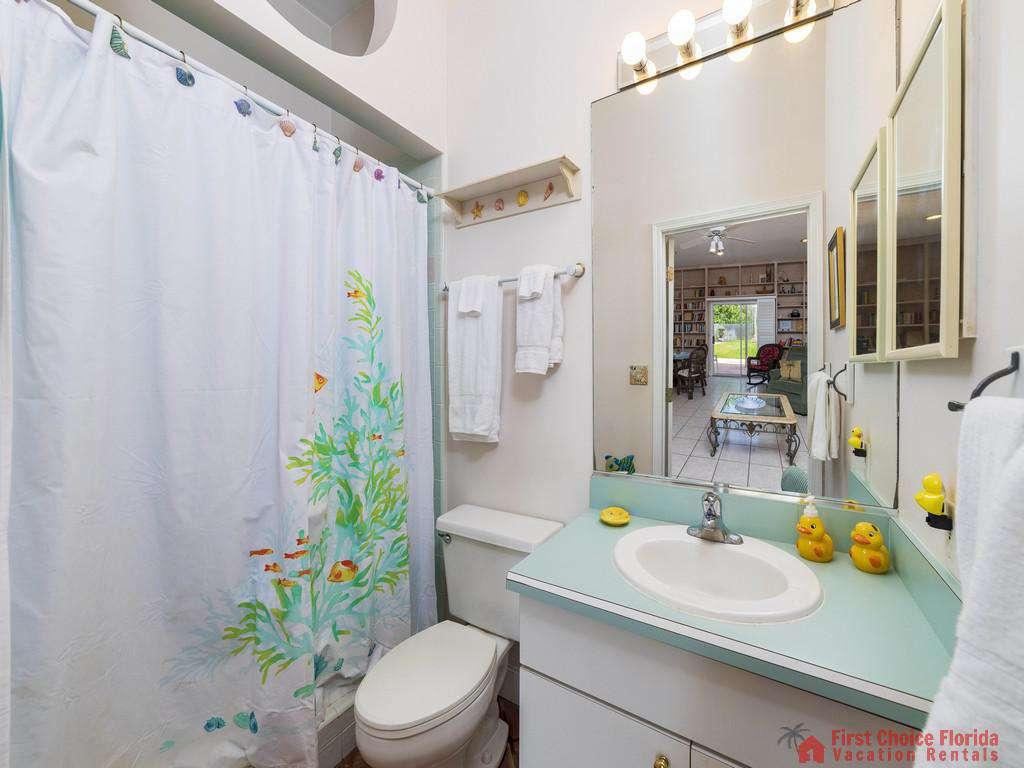 Margarativille Small Bathroom