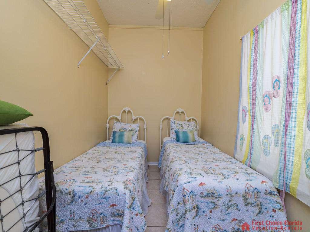 Margarativille Twin Beds