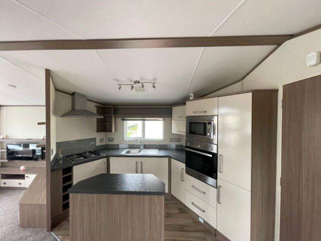 50064D – Dunlin area, 2 bed, 6 berth caravan with D/G and C/H. Diamond Rated. - property