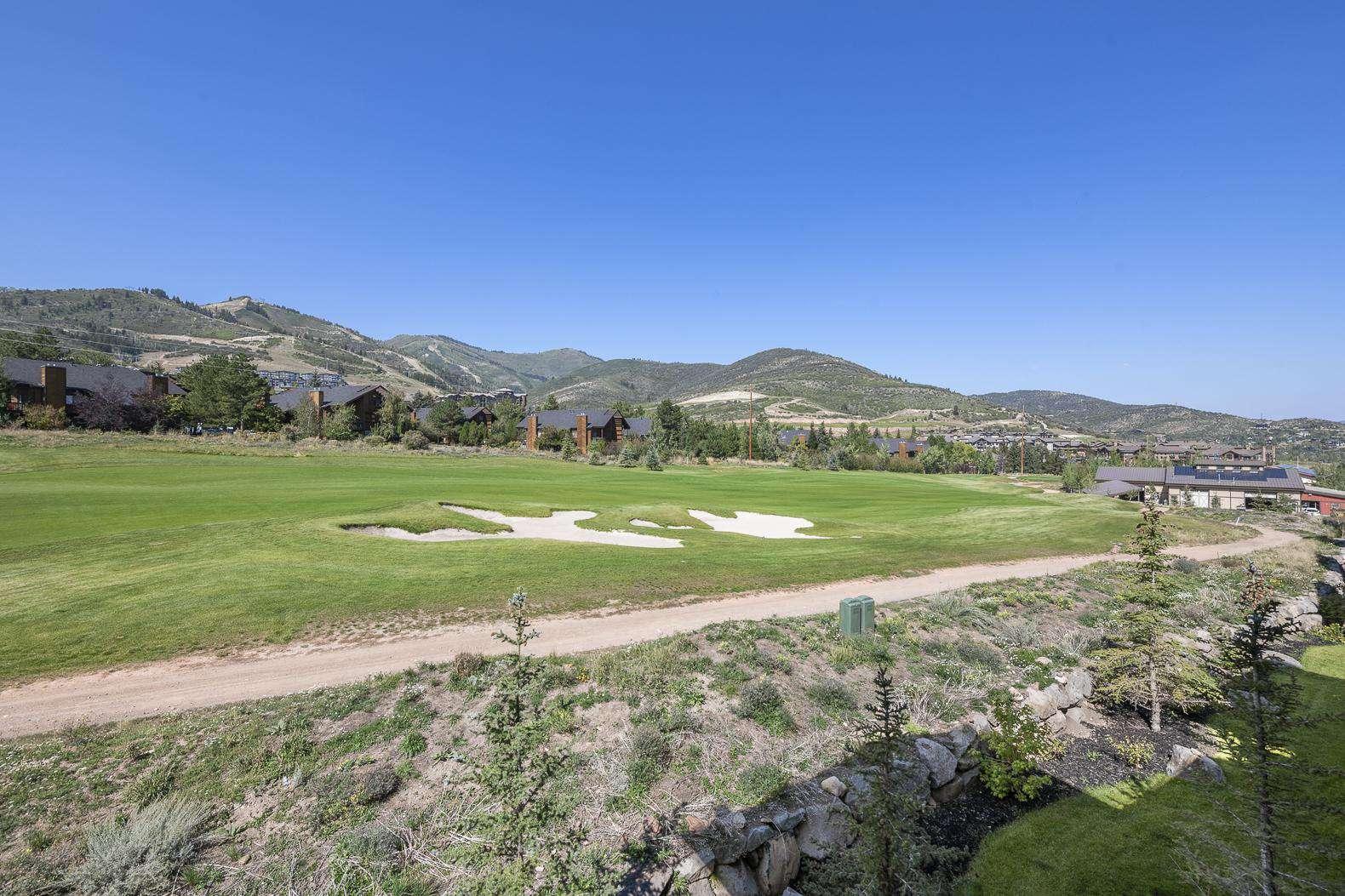Balcony Views - Golf Course