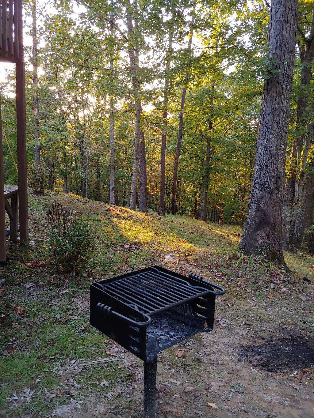 Cherry Trails Cabin Charcoal Grill